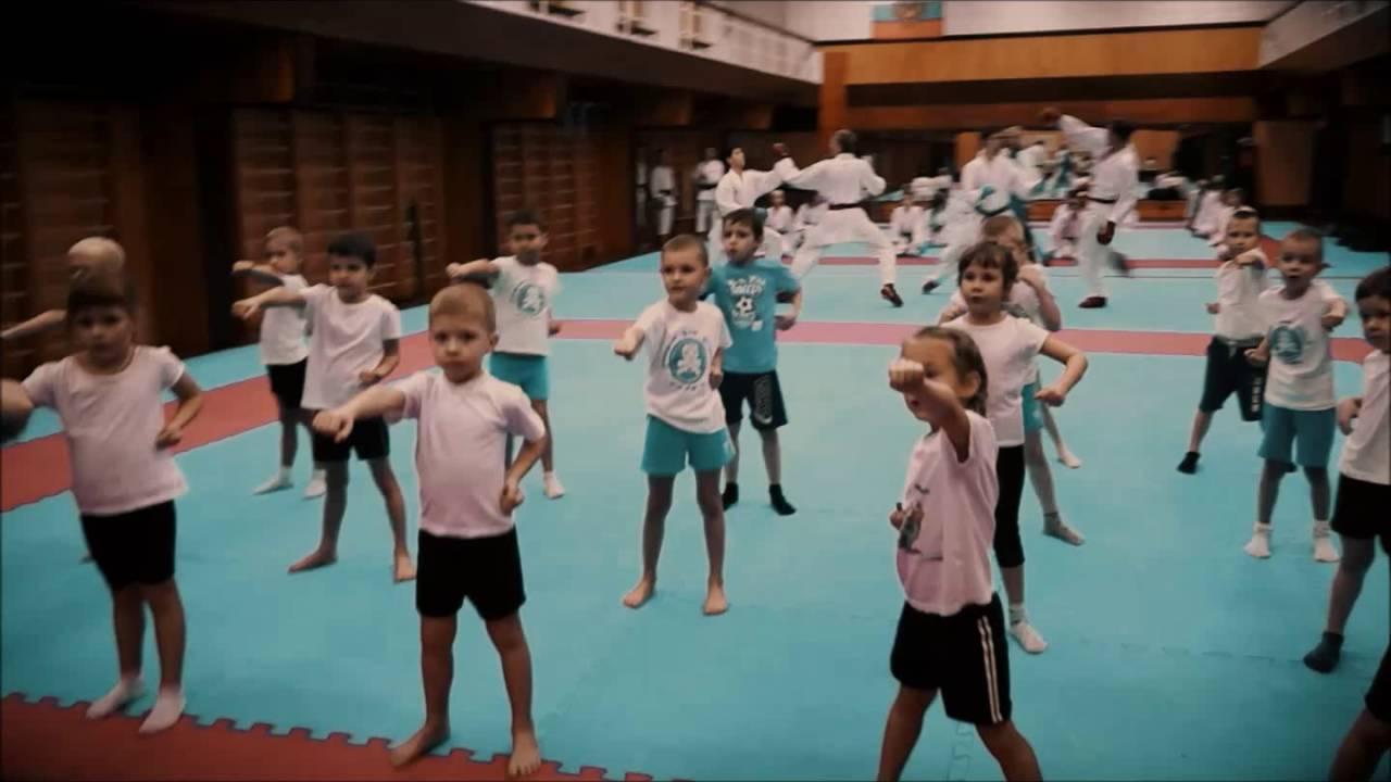 Мальчишки-спортсмены на видео смотреть