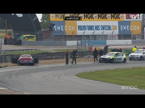 STCC 2017. Race 1 Mantorp Park. Start Crash