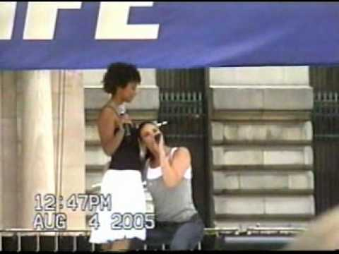 Take Me or Leave Me  Idina Menzel & Tracie Thoms at Bryant Park