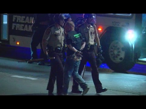 2 Reporters, 4 Juveniles Among Those Arrested In I-94 Protest