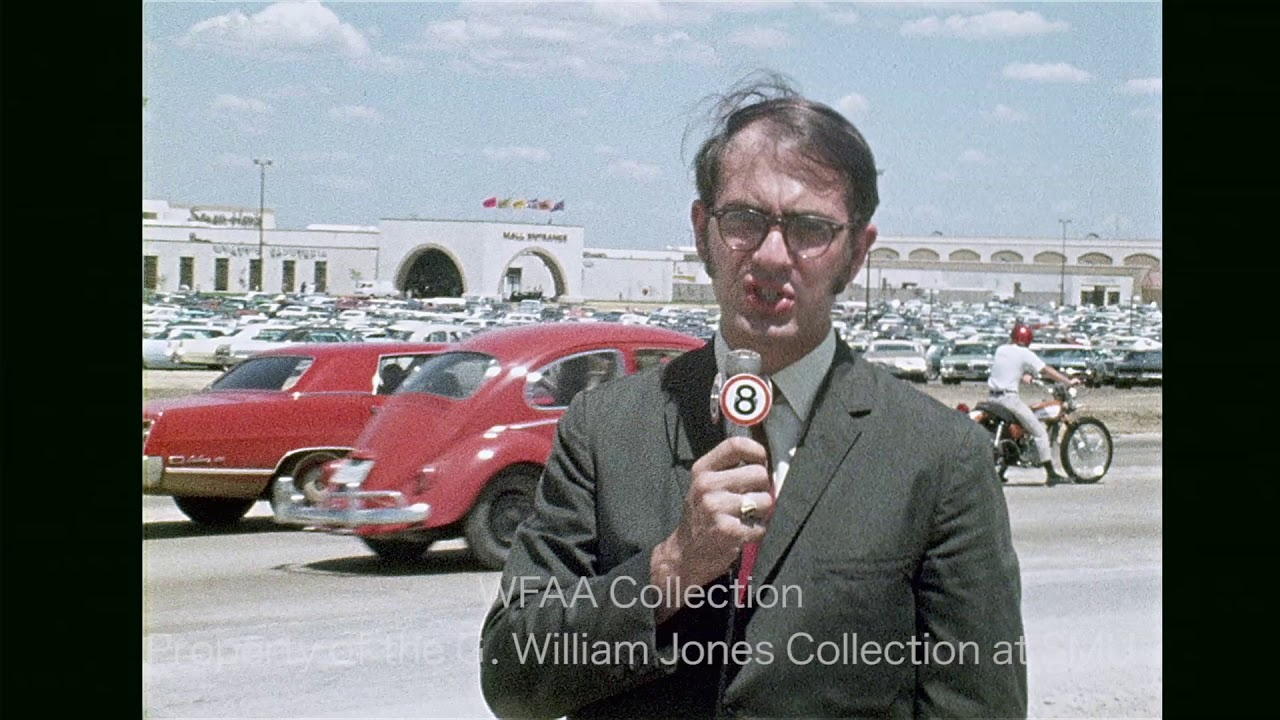 Opening of Six Flags Mall In Arlington - August 1970