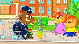 Lion Family Policeman chases a Supermarket Trolley Cartoon for Kids