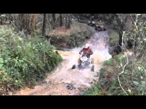 ATV-EXTREME Crossing river