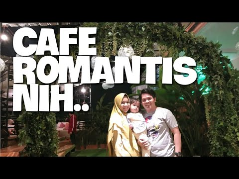 tempat-makan-romantis-di-medan---tropical-rooftop-deli-hotel