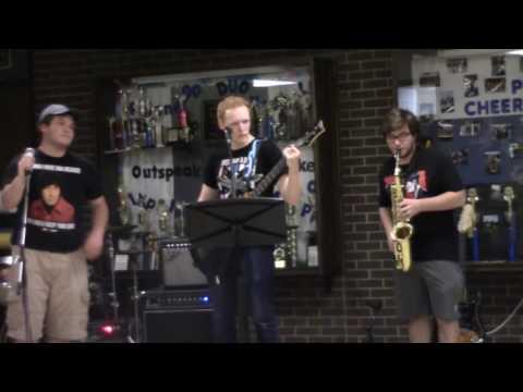 Latin Fish - Careless Whisper (Cover) - Live Performance