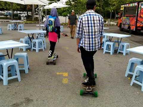 ELECTRIC SKATEBOARD RIDER IN MALAYSIA
