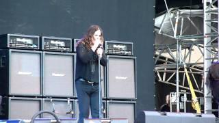 Ozzy Osbourne - Iron Man (live, Black Sabbath cover)