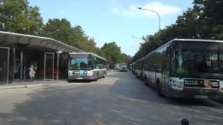 RATP Passages de bus à l'arrêt Château de Vincennes