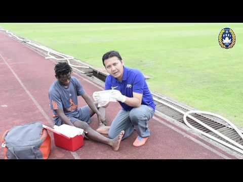 Pertolongan Pertama Cedera Pergelangan Kaki (Ankle Sprain)