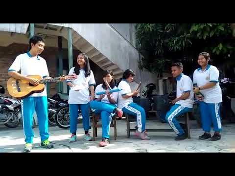 """Aransemen Lagu Daerah""""Soleram&Ayo Mama"""" Oleh 12 Ipa Sma Cinta Kasih"""