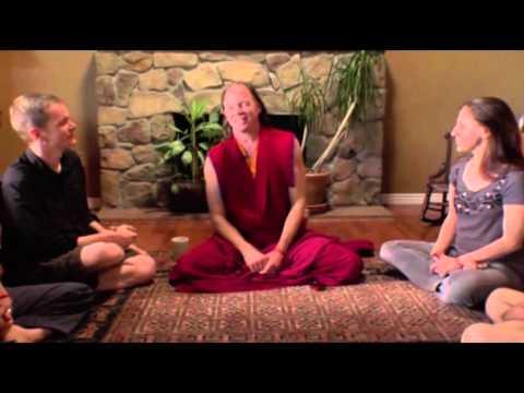 ЧТО ТАКОЕ ЙОГА И КАК ОТКРЫТЬ ЧАКРЫ? ГЕШЕ МАЙКЛ РОУЧ тибетский лама