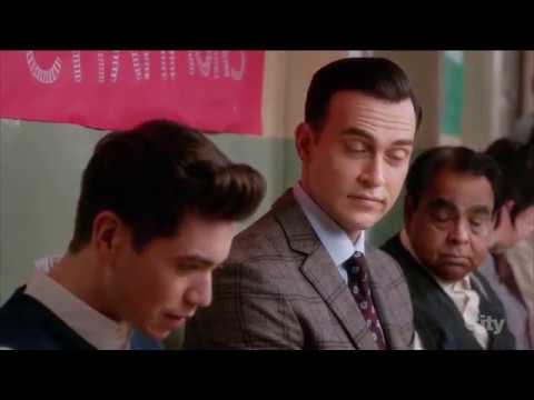 Mr. Peters / Cheyenne Jackson /Kenny O'Neal (meet the gay teacher #1) - The Real O'Neals (tv series)