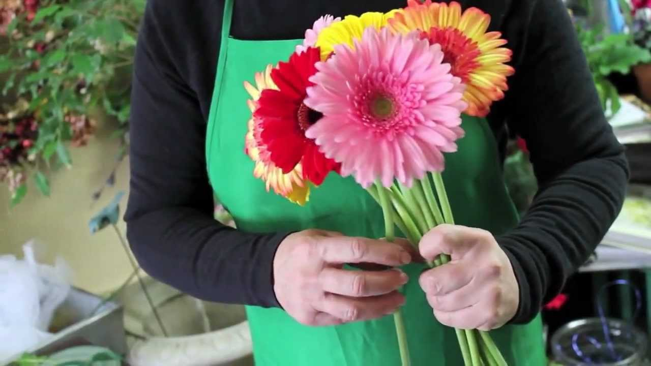 DIY How to make your own wedding bouquet with gerbera