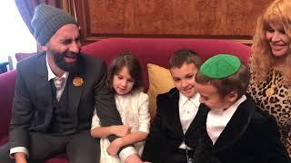Семья Мачете: Ярослав Малый показал жену и детей