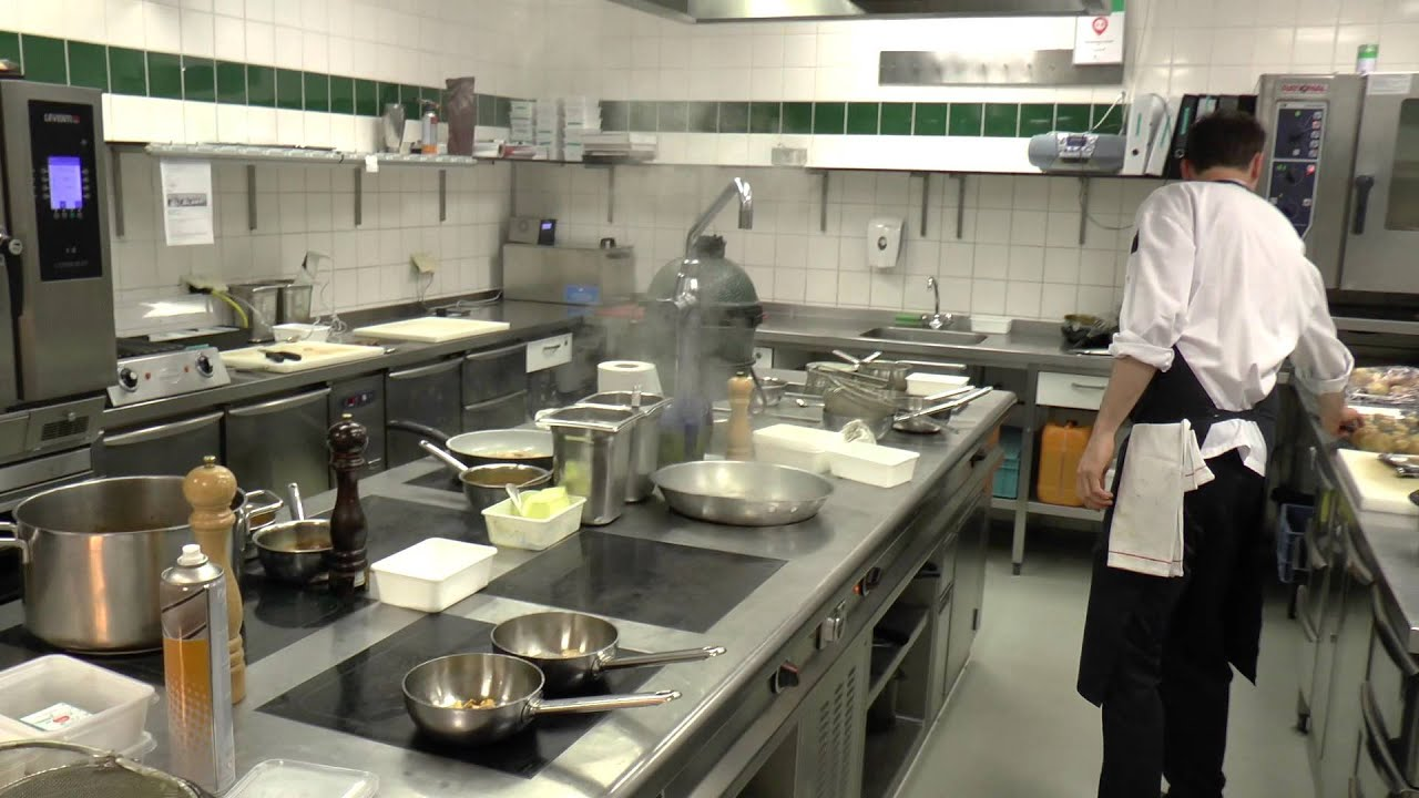 Commercial Kitchen Hot Box Farmhouse Table And Chairs Busy At The Michelin Star Restaurant Latour Youtube