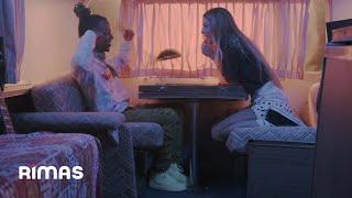 Смотреть клип Corina Smith X Amenazzy - Aunque Me Lo Niegues
