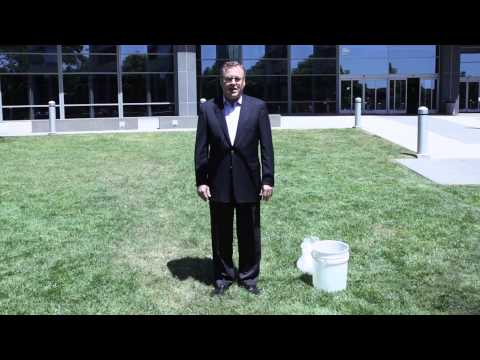 "George Davis takes the ""Ice Bucket Challenge"""