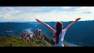 Dame - Deine Hände [Official HD Video]