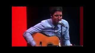 Noel Gallagher: Acoustic RTL 102.5 Studios, Italy (25/09/2011)