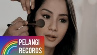 Pop - DJAKA - Mencari Pengganti Dirimu (Official Music Video) MP3