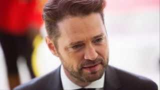 Как выглядит звезда сериала «Беверли-Хиллз, 90210» Джейсон Пристли (Jason Priestley) в 46 лет (2015)