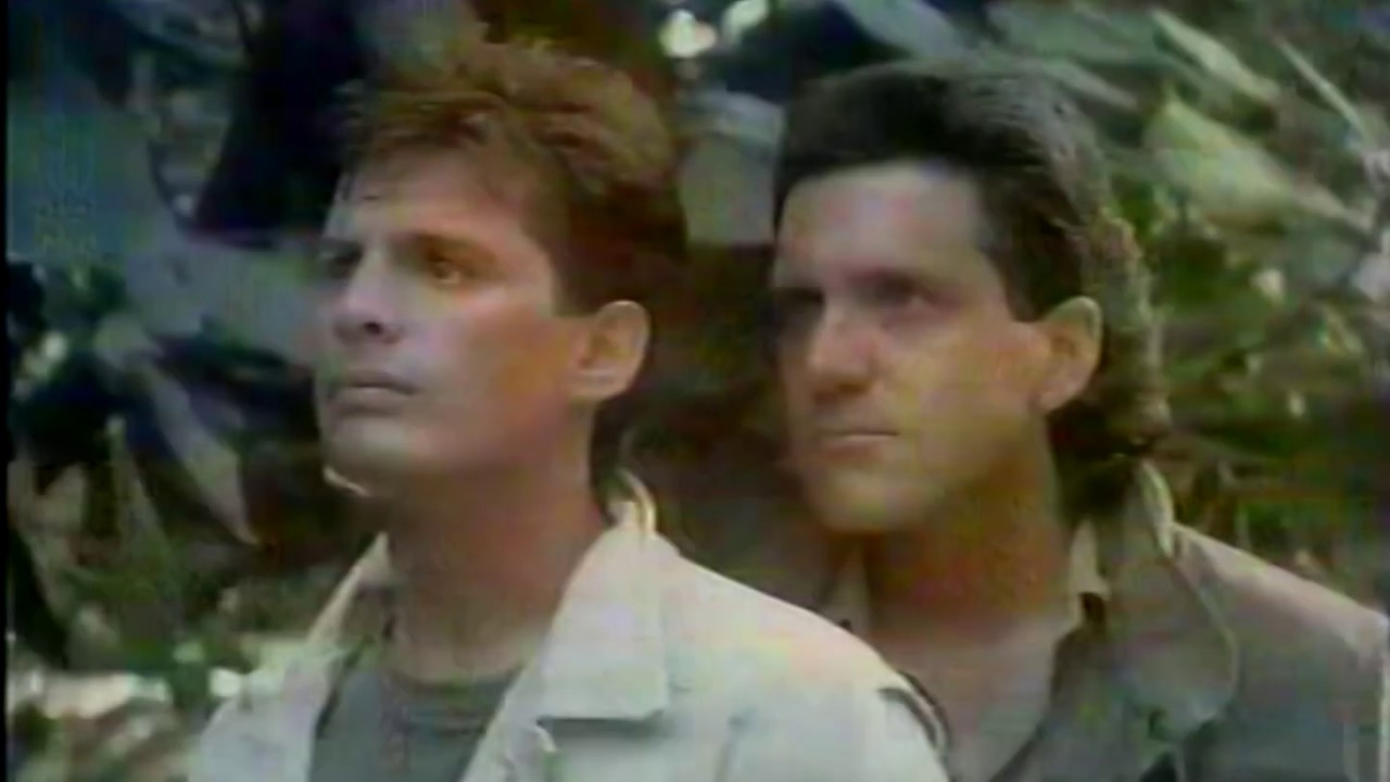 Chamada: Cine Privê - Band (05/12/1997)