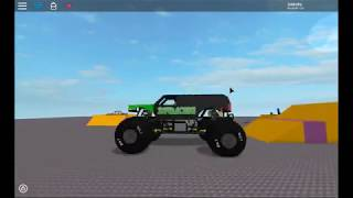 My realistic Monster Jam ROBLOX Jumps!