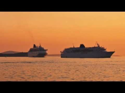 Telemarketer calls offering free Bahamas trip