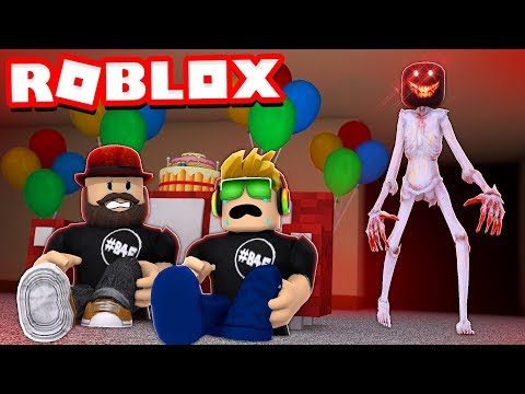 ROBLOX CAMPING PART 5! THE HORROR HOUSE PARTY  