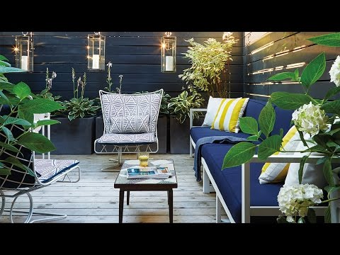 Exterior Design — A Small Space 225-Square-Foot Backyard