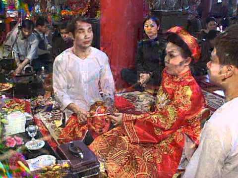 Thanh đồng Phạm Thị Bích Liên hầu thánh tại Cô Chí Mìu p7