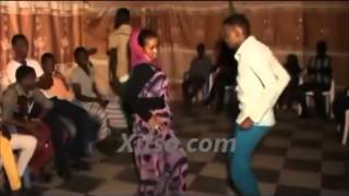 Repeat youtube video Niiko yaab leh !  Dhalinyaro halowday    YouTube