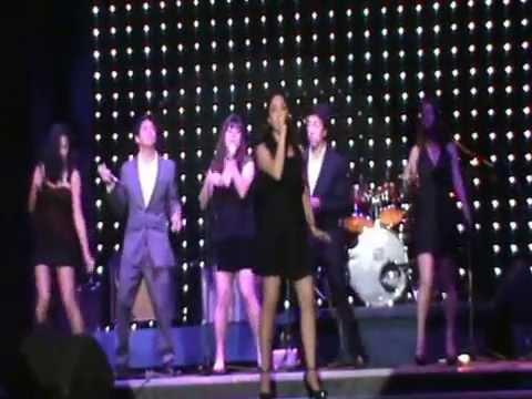"""Mix: """"Hoy/Valerie"""" Alhambra Talca"""