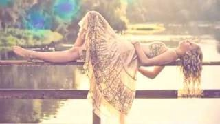 Sunlounger ft Zara - Crawling [Subtitulado]