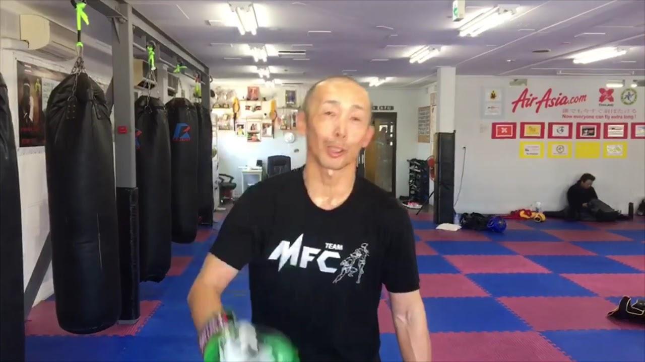 Shinobu Komatsu  55 years old ムエタイ キックボクシング ダイエット フィットネス ジム 大阪Cr Eminem Till I Collapse