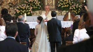 После того как невеста узнала об измене жениха, она жестоко отомстила ему прямо у алтаря