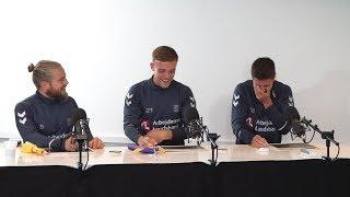 Spillerne quizzer hinanden - om hinanden | brondby.com