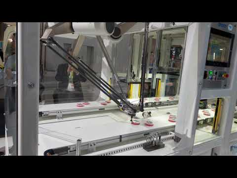 Omron's Packaging Robot, CES 2018 [4K Video]