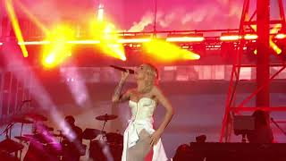 Eminem ft. Skylar Grey - Love the way you lie (Live at Perth, Australia, 02/27/2019, Rapture 2019)