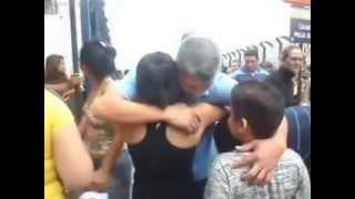 Batista e Fabiana pagando promessa na Aperecida