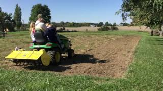 John Deere X590 with 42 inch Hydraulic Tiller