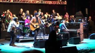 Norah Jones with Neil Young - Don't Be Denied - Bridge School Benefit 30