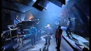 Black Grape - Pretty Vacant - TFI Friday.MPG