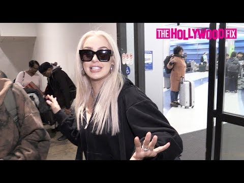 Tana Mongeau Talks Tana Perfume, Charli D'Amelio, Avani Gregg, Kylie Jenner & Does A TikTok At LAX