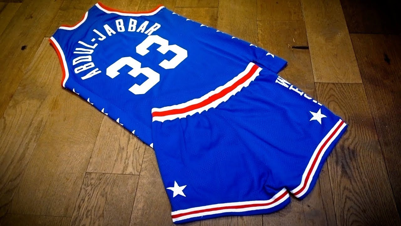 d52a84aef02 AUCTION - 1985 Kareem Abdul-Jabbar Game Used & Signed All-Star Game West  Conf - Jersey & Shorts