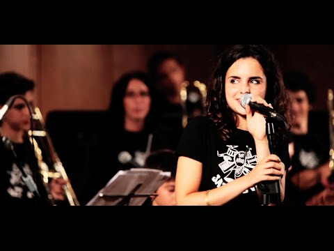 easy living ANDREA MOTIS SCOTT ROBINSON SANT ANDREU JAZZ BAND ( joan chamorro direccion)