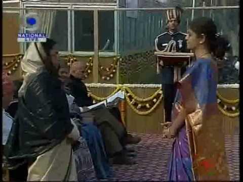 President gives Ashok Chakra awards