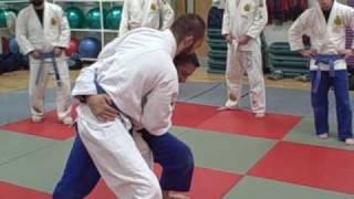 Brazilian Jiu Jitsu O-Goshi Set up from Grip Fight