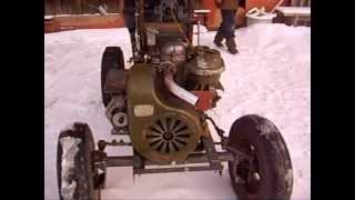Самодельный трактор.1видео(Пробный выезд!двигатель-уд15,магнето обратного вращения,маховик коробка- Днепр,цепная передача- ГРМ классик..., 2012-03-07T12:40:18.000Z)