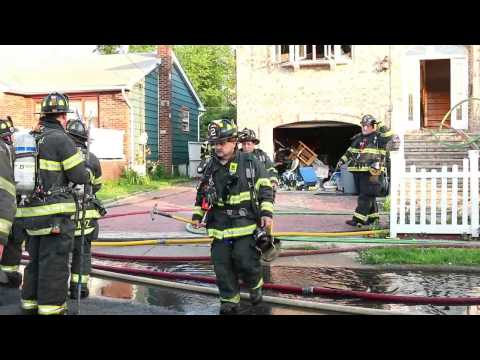 Garfield Nj Fire Dept 4th Alarm Fire 102 Harrison Ave In A 2 Story Frame Feb 27th 2004 Youtube